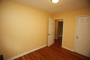 413-apt-2-bedroom-1-03