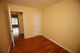413-apt-2-bedroom-1-07