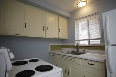 413-apt-2-kitchen-02