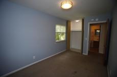 526-s-division-apt-9-bedroom-05